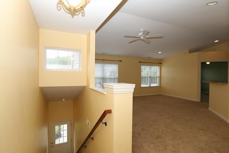 422 Breezewood Ct, Ludlow, KY - USA (photo 2)