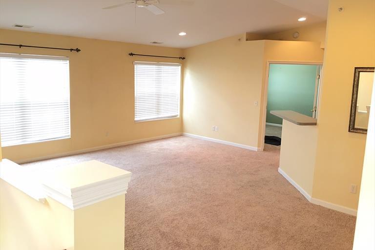 422 Breezewood Ct, Ludlow, KY - USA (photo 4)