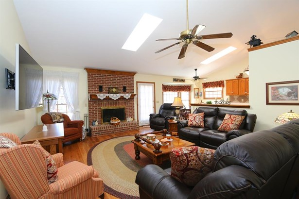 1532 Lost Lake Ct , Crosstown, OH - USA (photo 5)