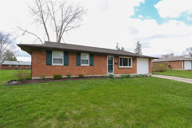 210 Silverstone Dr , Englewood, OH - USA (photo 1)
