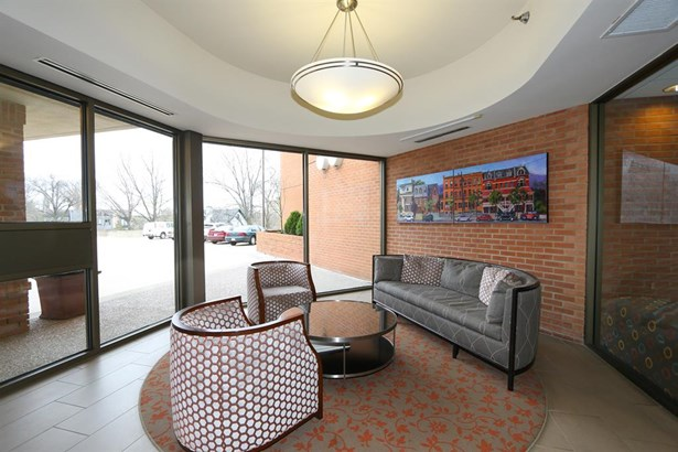 2412 Ingleside Ave  6b, Cincinnati, OH - USA (photo 3)