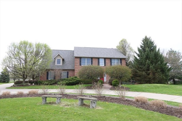 2066 W Ginghamsburg Frederick Rd, Tipp City, OH - USA (photo 1)