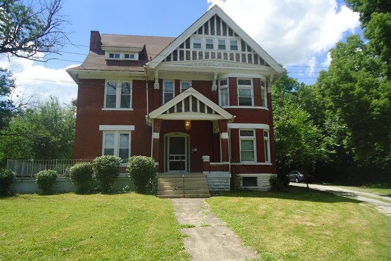 8257 Woodbine Ave, Cincinnati, OH - USA (photo 1)