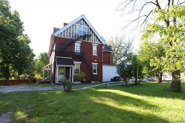 8257 Woodbine Ave, Cincinnati, OH - USA (photo 2)