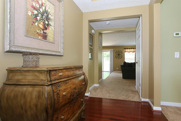 8826 Bluejay View Dr , Cleves, OH - USA (photo 3)
