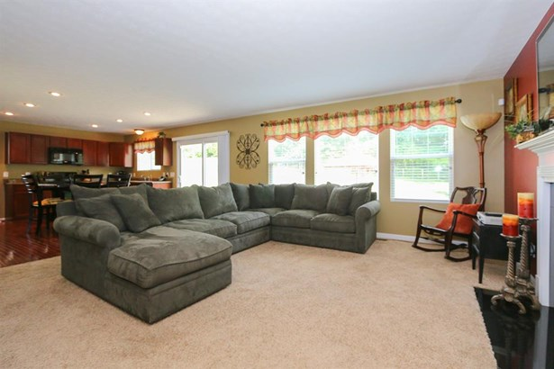 8826 Bluejay View Dr , Cleves, OH - USA (photo 5)