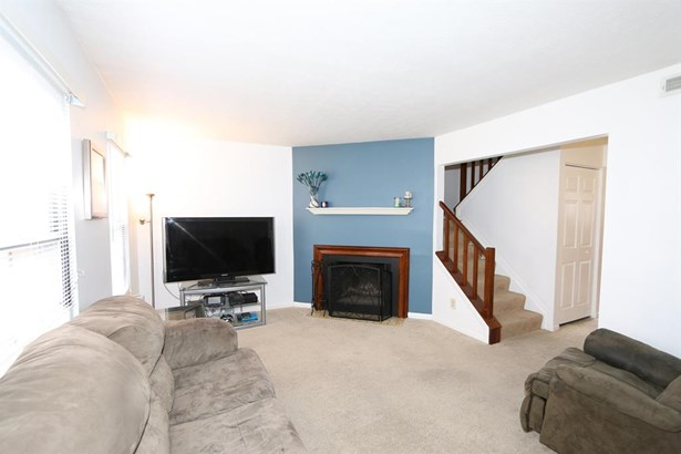 7906 Tall Timbers Dr , Elizabethtown, OH - USA (photo 2)