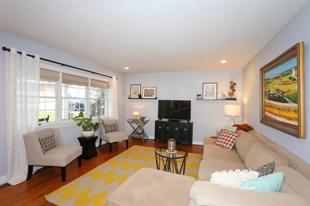516 Timberlake Ave , Erlanger, KY - USA (photo 3)