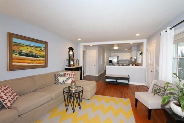 516 Timberlake Ave , Erlanger, KY - USA (photo 4)