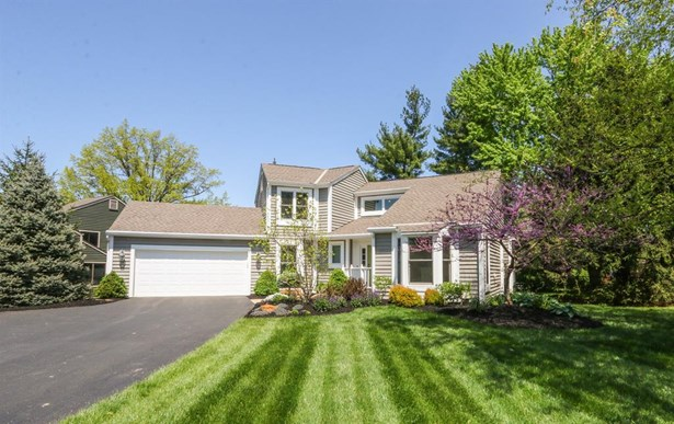 9855 Old Chimney Ct , Blue Ash, OH - USA (photo 1)