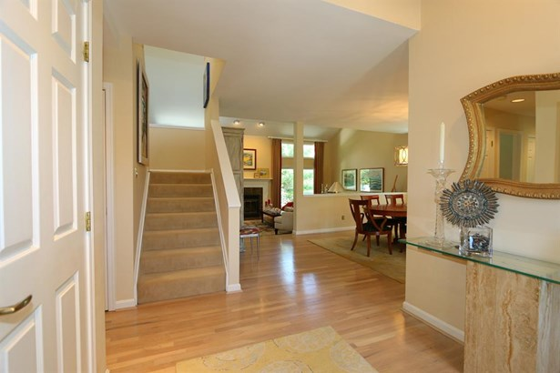 9855 Old Chimney Ct , Blue Ash, OH - USA (photo 4)