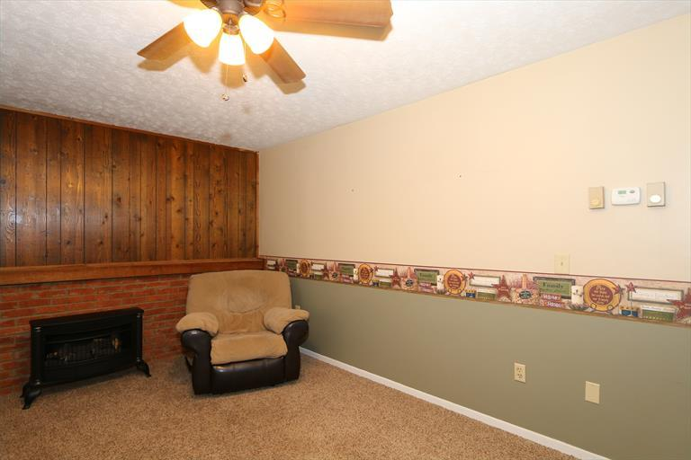247 Cologne Dr, Fayetteville, OH - USA (photo 5)