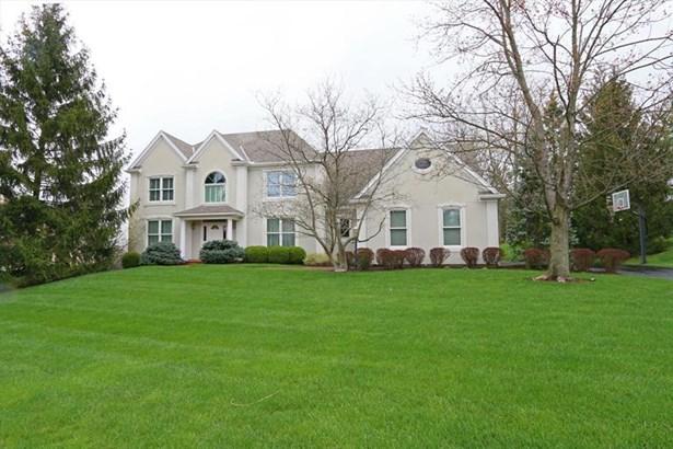 3646 Carpenters Green Ln, Blue Ash, OH - USA (photo 1)