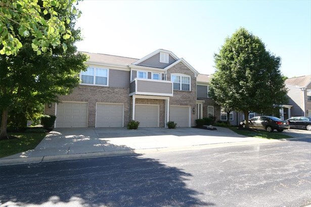 2121 Carrick Ct, 301 301, Crescent Springs, KY - USA (photo 1)