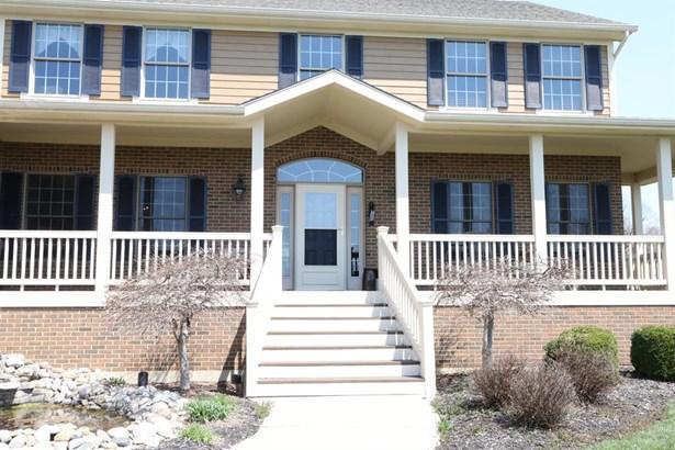 800 Valleyview Pt , Springboro, OH - USA (photo 2)