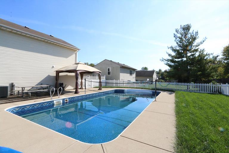 3760 Lacy Ct, Middletown, OH - USA (photo 2)