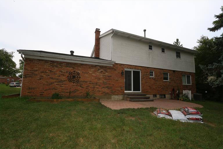12022 Cedarcreek Dr, Cincinnati, OH - USA (photo 2)