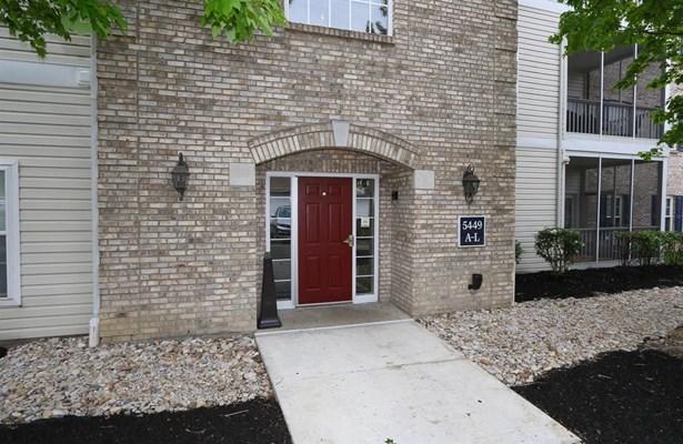 5449 Michelles Oak Ct  I, Cincinnati, OH - USA (photo 2)