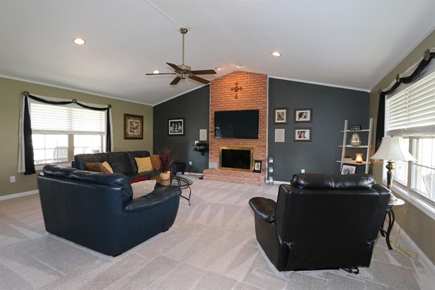 6899 Red Ash Ct , Fairfield, OH - USA (photo 5)