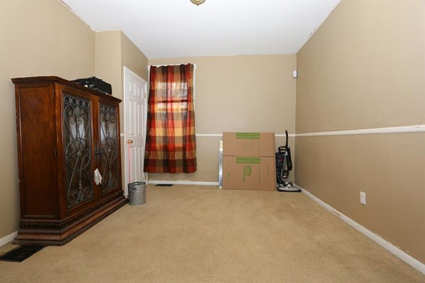 6415 Bauer Ave , North College Hill, OH - USA (photo 5)