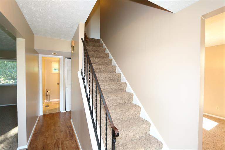 11887 Helmsburg Ct, Forest Park, OH - USA (photo 2)