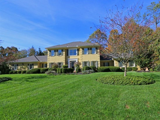 7694 Indian Pond Ct , West Chester, OH - USA (photo 1)