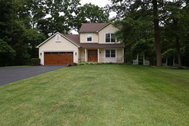 5675 Chestnut View Ln, Day Heights, OH - USA (photo 1)