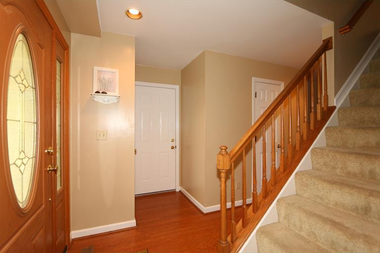5675 Chestnut View Ln, Day Heights, OH - USA (photo 4)