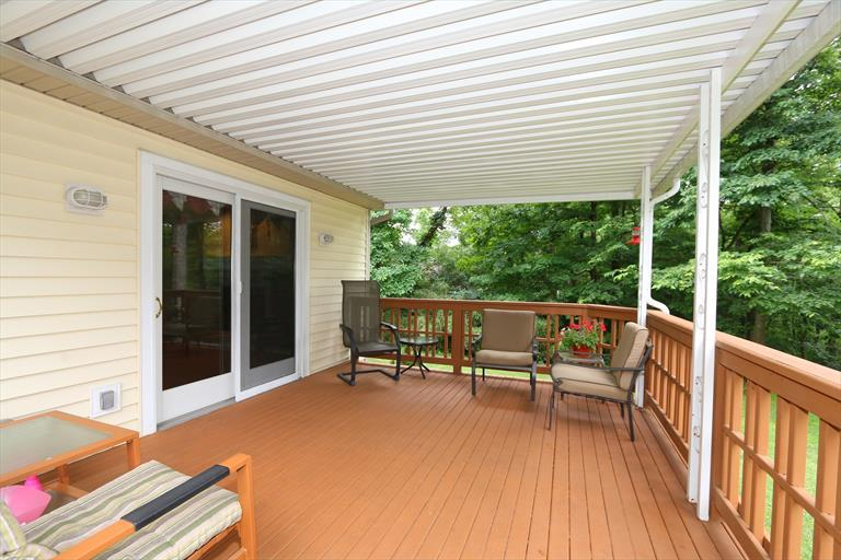 5675 Chestnut View Ln, Day Heights, OH - USA (photo 5)