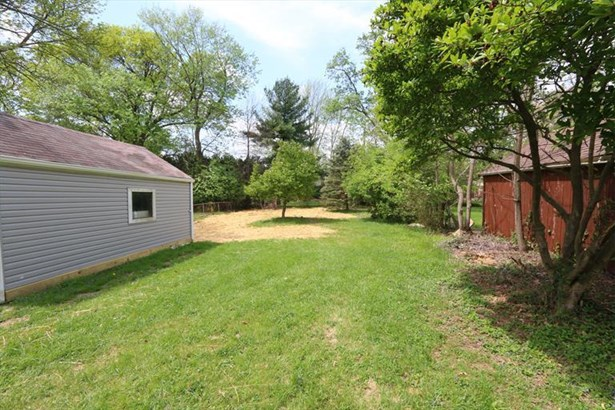 6913 Lois Dr, North College Hill, OH - USA (photo 3)