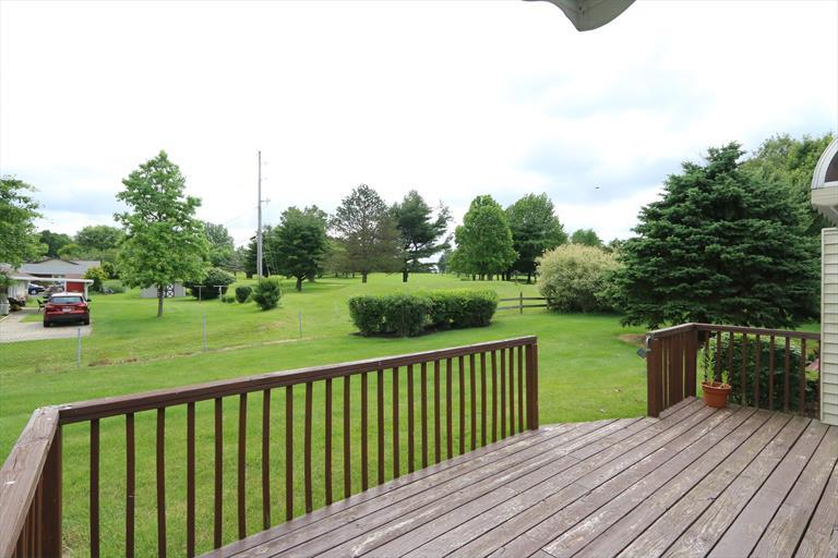 1519 N Regency Dr, Xenia, OH - USA (photo 3)