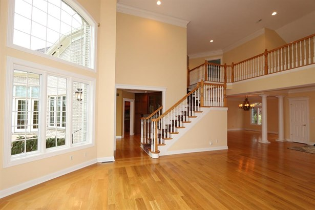 8156 Varner Rd , Indian Hill, OH - USA (photo 3)