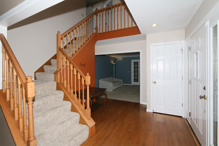 1590 Hunt Club Dr, Day Heights, OH - USA (photo 4)