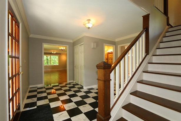 428 Hidden Valley Ln , Wyoming, OH - USA (photo 3)
