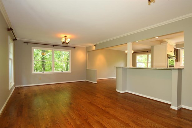 428 Hidden Valley Ln , Wyoming, OH - USA (photo 5)