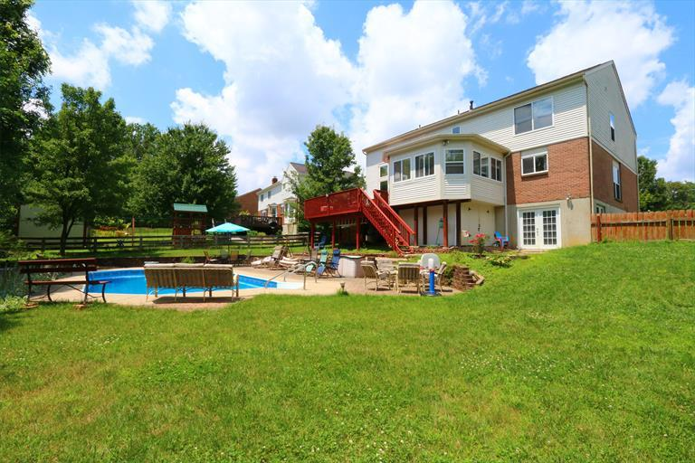 932 Crossings Dr, Crescent Springs, KY - USA (photo 2)