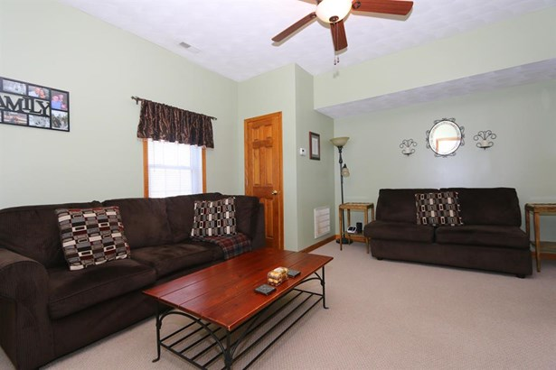 407 Dudley St , Blanchester, OH - USA (photo 3)