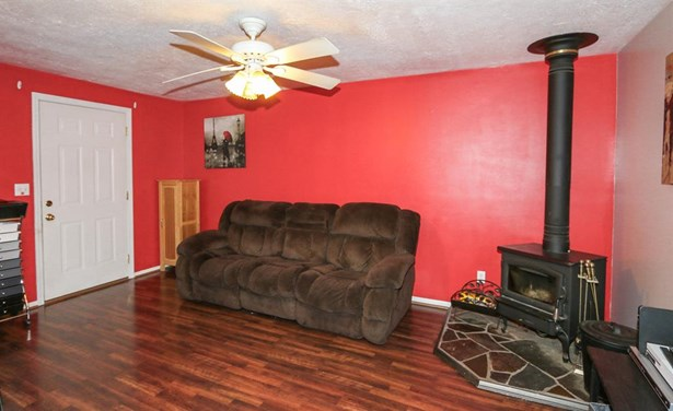 7630 Stonecrest Dr , Huber Heights, OH - USA (photo 5)