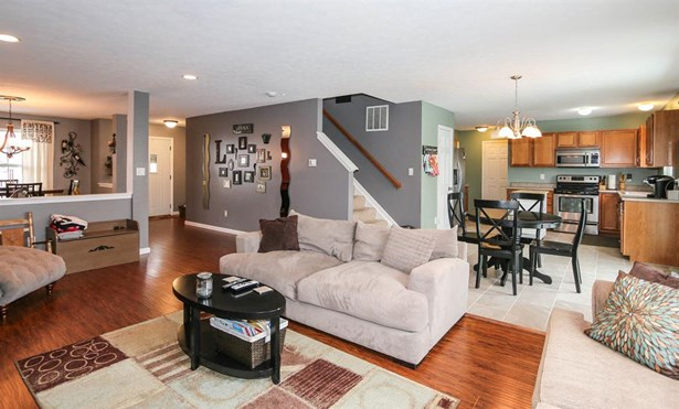 321 Lakeview Dr , Franklin, OH - USA (photo 4)