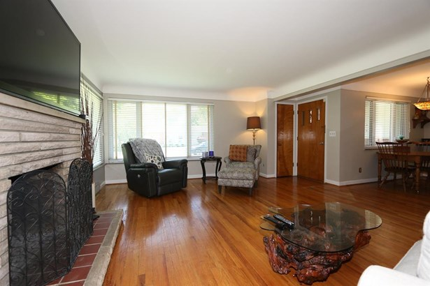 8462 Deerway Dr , Sycamore Twp, OH - USA (photo 4)