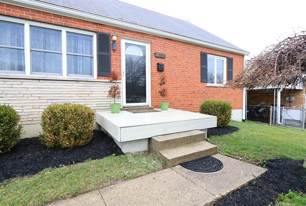 10555 Thornview Dr , Sharonville, OH - USA (photo 2)