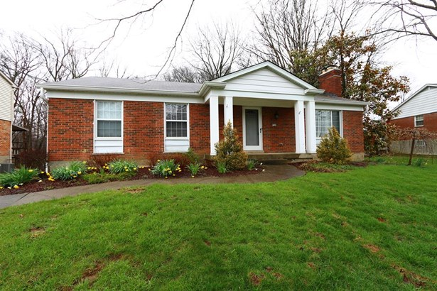 9548 Leebrook Dr , Forest Park, OH - USA (photo 1)