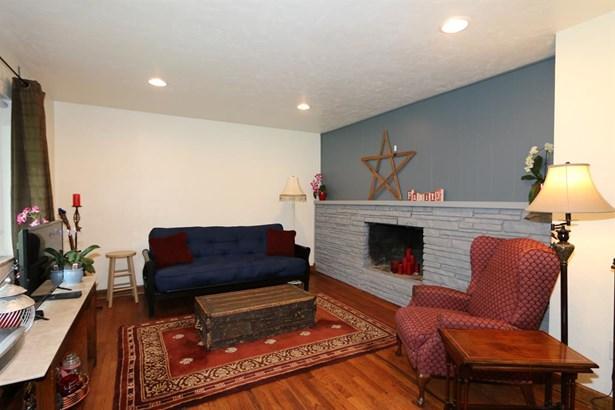 1380 Howell Rd , Beavercreek, OH - USA (photo 3)