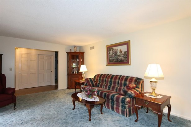 612 Cambridge Dr , Middletown, OH - USA (photo 4)