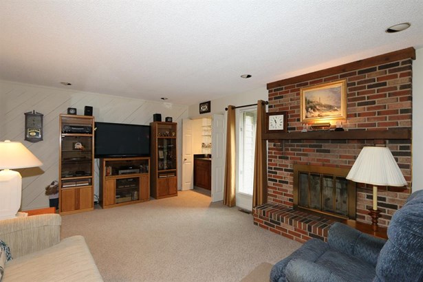 612 Cambridge Dr , Middletown, OH - USA (photo 5)