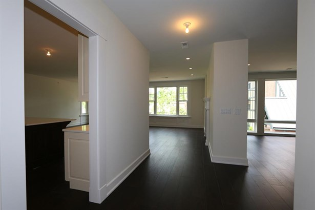 6901 Murray Ave  205, Mariemont, OH - USA (photo 4)