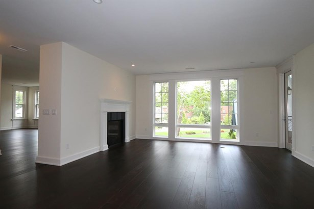 6901 Murray Ave  205, Mariemont, OH - USA (photo 5)