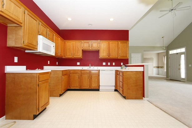 302 Traverse Creek Dr , Day Heights, OH - USA (photo 5)