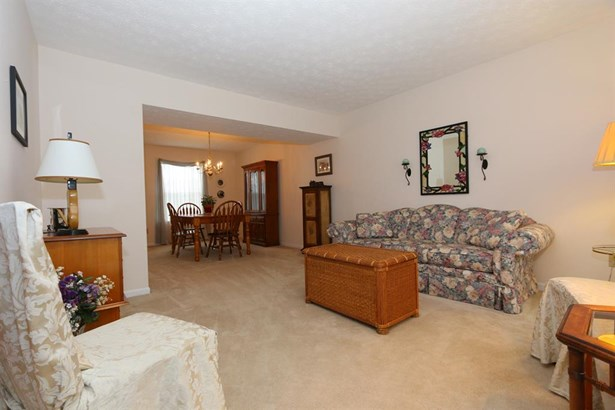 6096 Olde Gate Ct , Day Heights, OH - USA (photo 5)