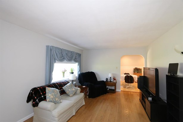 7803 Zion Hill Rd , Cleves, OH - USA (photo 4)